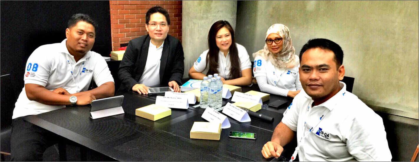 Delegasi UIN Malang bersama Kelompok dalam kegiatan AUN Qa Training 2015